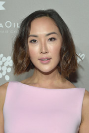Chriselle Lim looked sweet with her wavy bob at the 2015 Baby2Baby Gala.
