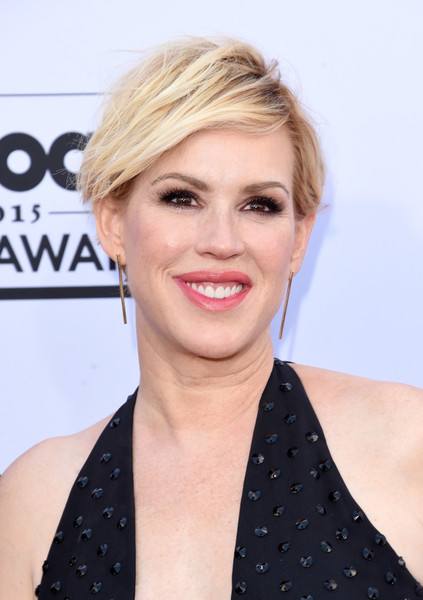 Molly Ringwald went for an edgy messy cut at the 2015 Billboard Music Awards.