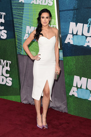 Rumer Willis styled her LWD with a pair of metallic pink pumps by Stuart Weitzman.