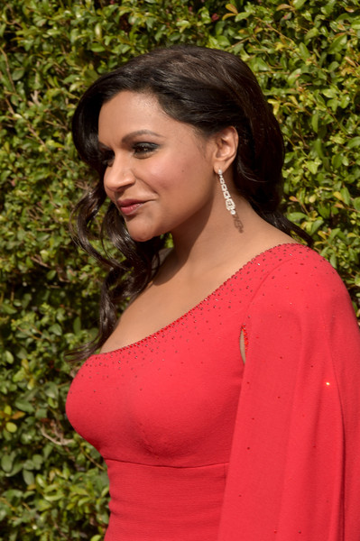 More Pics of Mindy Kaling Dangling Diamond Earrings (4 of 5) - Mindy Kaling Lookbook - StyleBistro [hair,shoulder,lady,clothing,beauty,pink,hairstyle,dress,joint,formal wear,arrivals,mindy kaling,microsoft theater,los angeles,california,creative arts emmy awards]