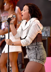 Demi Lovato sported black nail polish while performing at the 2015 iHeartRadio Music Festival.
