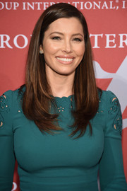 Jessica Biel kept it classic with this long side-parted hairstyle with a wispy undercurl during the Night of Stars Gala.