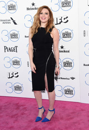 Natasha Lyonne injected some color via a pair of cobalt ankle-strap pumps, also by Alexander Wang.