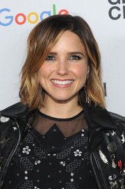 Sophia Bush wore her hair short with subtle waves during the Global Citizen Festival.