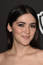 Isabelle Fuhrman opted for a no-frills center-parted hairstyle when she attended the InStyle and Warner Bros. Golden Globes party.