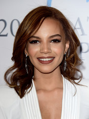 Leslie Grace looked very pretty with her shoulder-length curls at the Latin Grammy Person of the Year event.