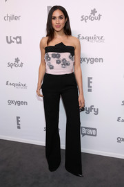 Meghan Markle looked sweet and feminine in a strapless pink and black floral top by Giambattista Valli at the 2015 NBCUniversal Cable Entertainment Upfront.