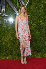 Constance Jablonski was feminine and sexy in a Wes Gordon flower-embroidered dress with a hip-grazing slit during the Tony Awards.