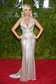 Kristin Chenoweth gleamed on the Tony Awards red carpet in a fully beaded silver gown by Zac Posen.