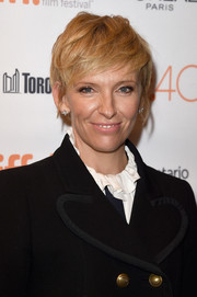 Toni Collette looked cool with her tousled pixie at the TIFF premiere of 'Desierto.'