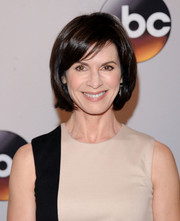 Elizabeth Vargas looked simply lovely with her short bob at the 2016 ABC Upfront.