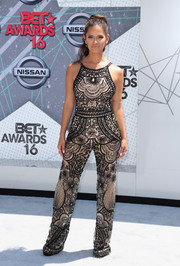 Rocsi Diaz looked cool in an intricately patterned monochrome jumpsuit at the 2016 BET Awards.