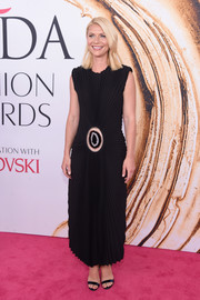 Claire Danes looked cool and modern in a pleated black dress by Calvin Klein at the 2016 CFDA Fashion Awards.