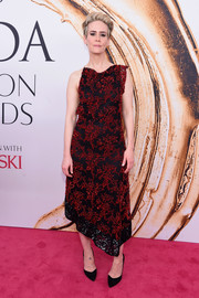 Sarah Paulson hit the 2016 CFDA Fashion Awards wearing an asymmetrical beaded frock by Altuzarra.