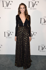 Allison Williams took a daring plunge in this Diane von Furstenberg wrap gown when she attended the DVF Awards.