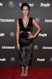 Jaimie Alexander styled her edgy-chic dress with silver ankle-strap sandals.