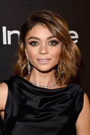 Sarah Hyland finished off her makeup with frosted pink lipstick.