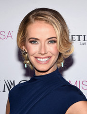 Olivia Jordan looked demure and elegant with her pinned-up ringlets at the 2016 Miss Teen USA competition.