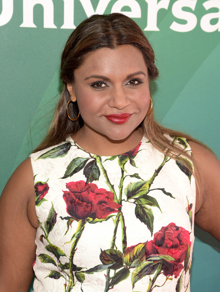 More Pics of Mindy Kaling Print Dress (4 of 7) - Mindy Kaling Lookbook - StyleBistro [mindy kaling,actress,beauty,hairstyle,flower,plant,floral design,floristry,flower arranging,smile,bouquet,westlake village,four seasons hotel,california,nbcuniversal,nbcuniversal summer press]