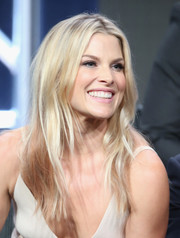 Ali Larter looked fab with her messy-chic center-parted hairstyle at the 2016 Summer TCA Tour.