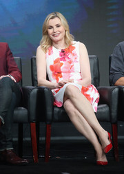 Geena Davis kept it ladylike in a bright floral frock during day 13 of the 2016 Summer TCA Tour.