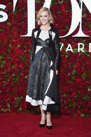 Cate Blanchett looked avant-garde in a monochrome, mixed-material cocktail dress by Louis Vuitton at the 2016 Tony Awards.