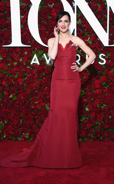 Lena Hall was Old Hollywood-glam at the 2016 Tony Awards in a strapless red Zac Posen gown with a peaked bustline.