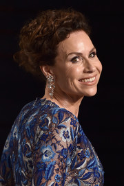 Minnie Driver opted for a classic curly updo when she attended the Vanity Fair Oscar party.