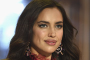 Irina Shayk Long Wavy Cut
