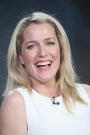 Gillian Anderson wore her hair down in edgy layers for the Winter TCA Tour.