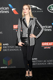 Sylvia Hoeks teamed her jacket with a pair of black leggings.
