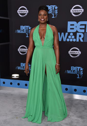 Leslie Jones looked va-va-voom in a high-slit mint-green halter gown by Stello at the 2017 BET Awards.