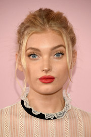 Elsa Hosk styled her hair into a messy updo with face-framing tendrils for the 2017 CFDA Fashion Awards.
