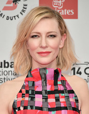 Cate Blanchett looked summery with her mildly messy bob at the 2017 Dubai International Film Festival opening night gala.