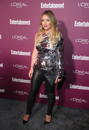 Hilary Duff brought a heavy dose of sparkle to the Entertainment Weekly pre-Emmy party with this asymmetrical sequin top.