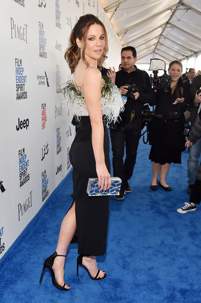 More Pics of Kate Beckinsale Box Clutch (5 of 11) - Clutches Lookbook - StyleBistro