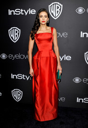 Nina Dobrev stood out so elegantly in this structured red Zac Posen gown at the InStyle and Warner Bros. Golden Globes post-party.