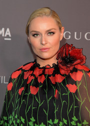 Lindsey Vonn styled her hair into a simple ponytail for the 2017 LACMA Art + Film Gala.