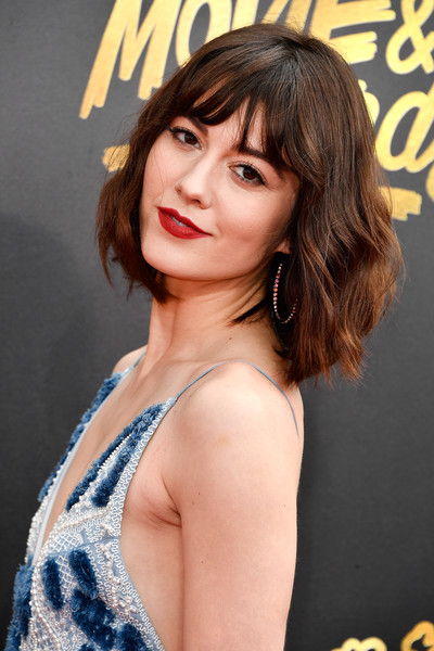 More Pics Of Mary Elizabeth Winstead Short Wavy Cut 12 Of 13 Short Hairstyles Lookbook Stylebistro