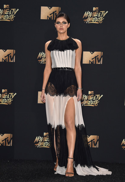 Alexandra Daddario worked the sheer trend so elegantly with this monochrome lace-panel gown by Philosophy di Lorenzo Serafini at the 2017 MTV Movie and TV Awards.