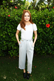 Karen Gillan tied her casual look together with a pair of black patent lace-ups.