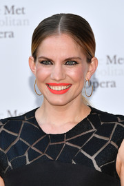 Anna Chlumsky went for a low, center-parted ponytail when she attended the 2017 Metropolitan Opera opening night.
