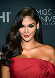 Pia Alonzo Wurtzbach showed off perfectly glam curls at the 2017 Miss Universe Pageant.