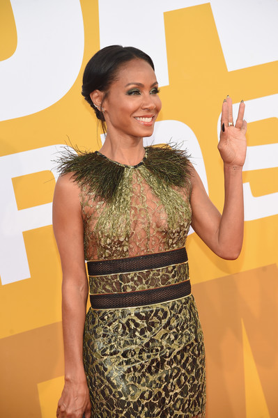 More Pics of Jada Pinkett Smith Hard Case Clutch (1 of 7) - Clutches Lookbook - StyleBistro