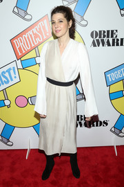 Marisa Tomei gave us Jedi vibes with this cream-colored wrap dress at the 2017 Obie Awards.