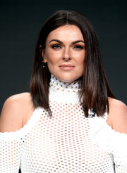 Serinda Swan wore her hair down to her shoulders in a sleek straight style at the 2017 Summer TCA Tour.