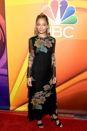 Nicole Richie brought her boho style to the 2017 Summer TCA Tour with this long-sleeve floral maxi dress.