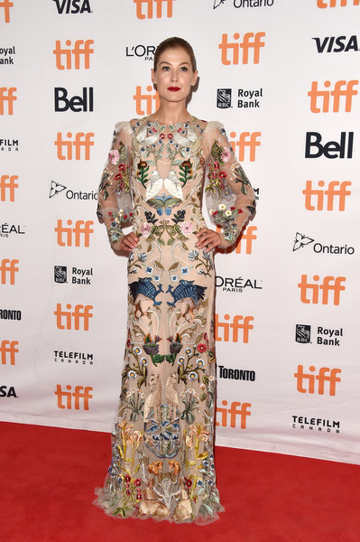 Look of the Day: September 12th, Rosamund Pike
