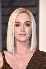 Katy Perry sported a sleek asymmetrical cut at the Vanity Fair Oscar party.
