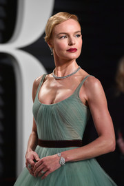 Kate Bosworth looked lovely in her tulle dress, styled with a Piaget diamond bracelet, at the Vanity Fair Oscar party.